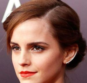 emma_watson_ear_cuff_diamond_jewelry_trends_spring_2015