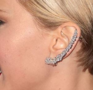 jennifer lawrence_ear_cuff_twisted_jewelry_trends_spring_2015