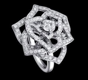 piaget_rose_collection_rose_diamond_ring